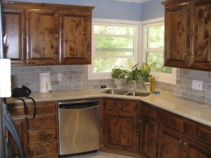 Kitchen Remodeling: Choose a Facelift over Major Renovation for the Best Investment